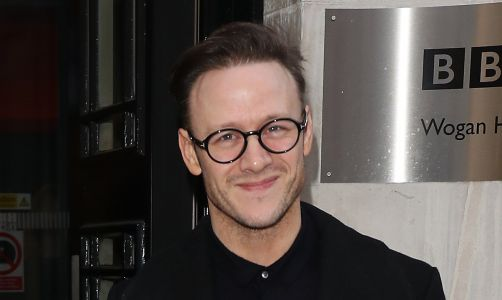 Strictly's Kevin Clifton shocks fans during theatre debut