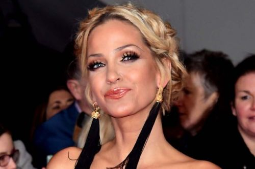 Sarah Harding using cannabis oil to help ease pain amid terminal cancer battle