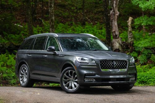 The 2020 Lincoln Aviator is a $83,000 land yacht that perfectly embodies hulking American opulence