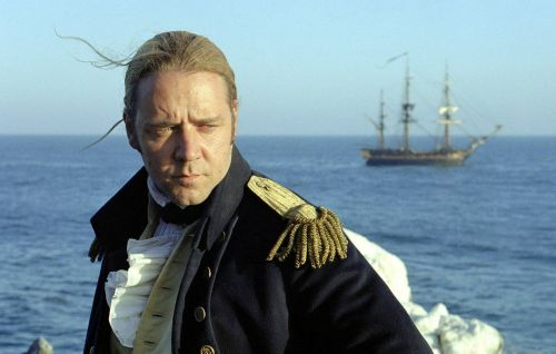 Russell Crowe defends 'Master And Commander' in Twitter tribute