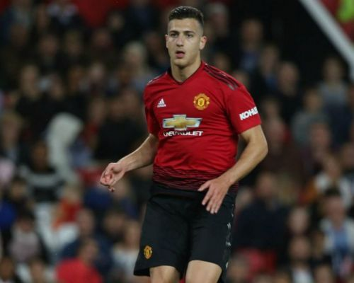 Barcelona show interest in out-of-favour Manchester United defender
