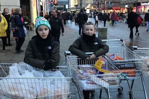 Coatbridge brothers help feed the homeless and hungry on streets of Glasgow