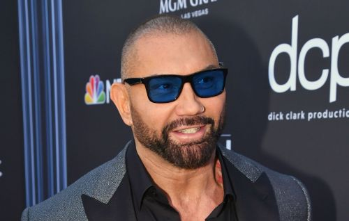 "Dave Bautista offers $20,000 reward to find who scratched ""TRUMP"" into manatee"
