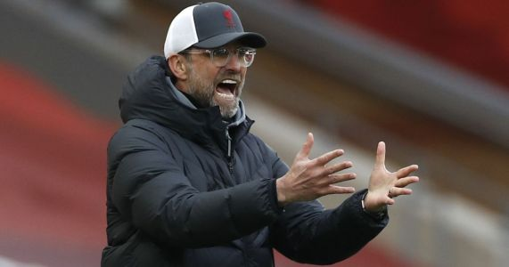 Jamie Carragher berates Liverpool for turning into 'mentality midgets'