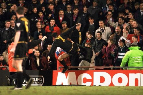 New Eric Cantona book explains Sir Alex Ferguson shock at infamous kung-fu kick