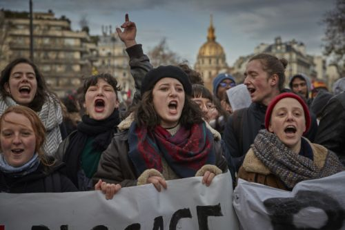 Never mind the strikes, here's the French pension reform