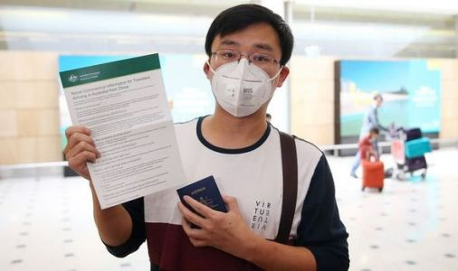 Coronavirus latest: Can wearing a face mask protect you from catching coronavirus?