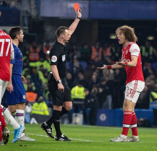 David Luiz booed after each touch by Chelsea fans before being sent off for Arsenal as blundering Brazilian concedes pen