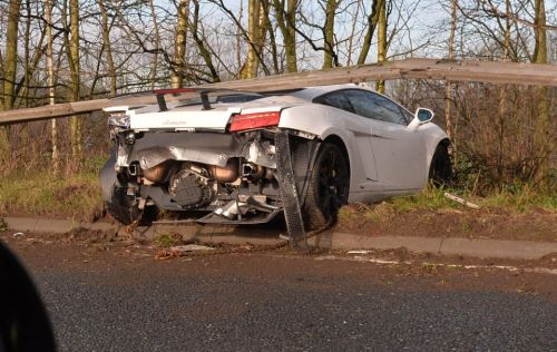 Man Utd star Sergio Romero's £170k Lamborghini wrecked after crashing through road barrier on way to training