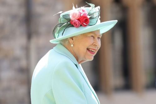 The Queen won't be wearing a face mask during summer break at Balmoral