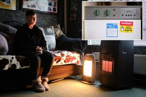 Woman's fight to get house fixed after living without heating for three years