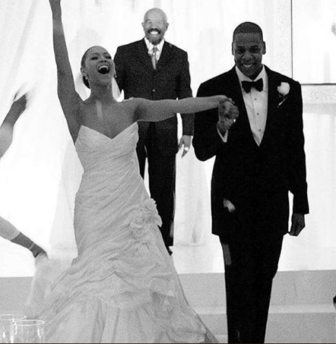 Beyonce's mom Tina Knowles wishes singer & Jay Z happy 12th anniversary with intimate wedding photo
