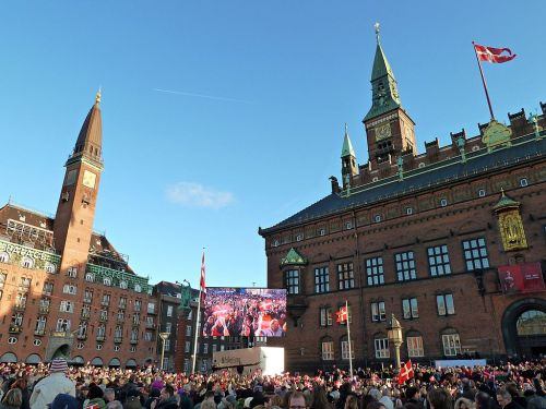 165,000 Danes prepare to sing for Queen Margrethe on her birthday