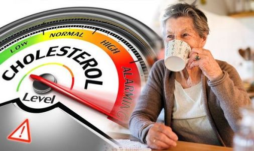High cholesterol: The best drink to include in your diet to lower 'bad' cholesterol