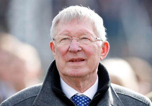 Sir Alex Ferguson backed for increased role at Manchester United as Ed Woodward announces resignation