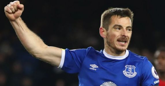Baines aiming to regain starting role after signing new one-year deal