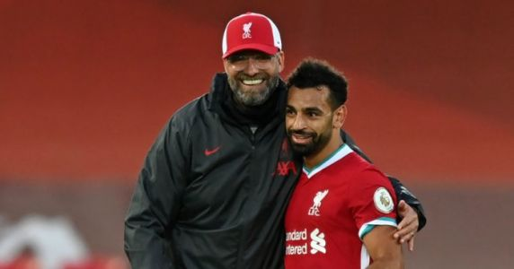 Bruno Fernandes offers words of encouragement to Klopp, Liverpool