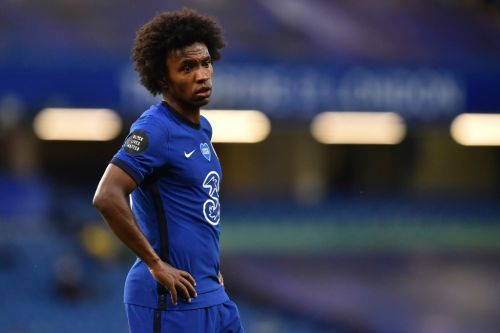 Chelsea star Willian tells friends he wants to join Arsenal
