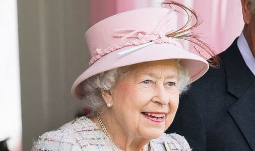 Queen shock: 'Life doesn't go on' at Balmoral if monarch can't do one simple daily task
