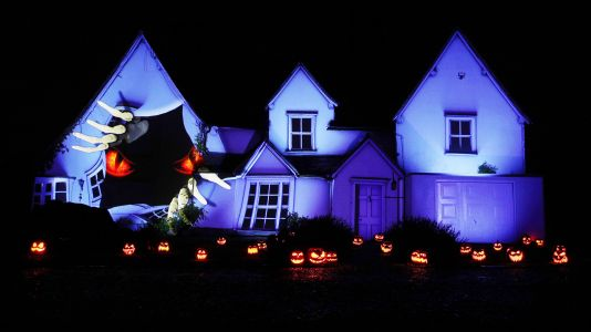 Thanks to Samsung, old building is spookiest house for Halloween