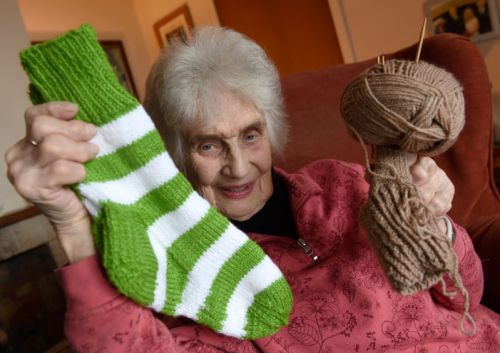 Highlands 90-year-old wants Rod Stewart to perform in special Celtic socks she has knitted for him