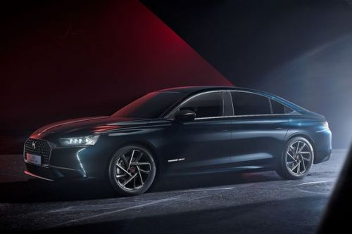 New DS9 puts you in the lap of luxury
