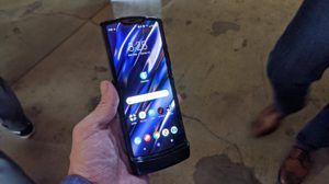 Hands On: The Motorola Razr Flip Phone Returns