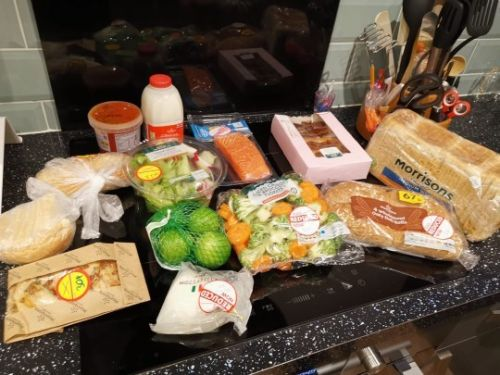 Amazing new food-wastage app lets you pick huge box of supermarket goodies for £3.09