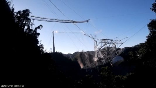 Dramatic video shows catastrophic collapse of Arecibo instrument platform
