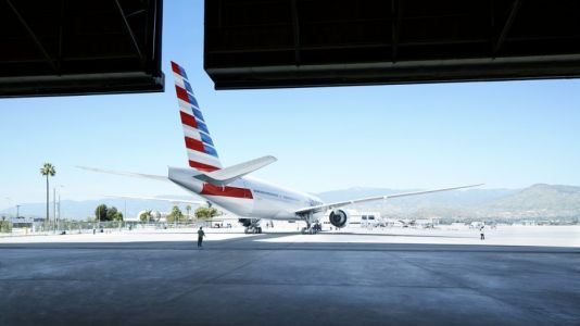 American Airlines extends flight change fee waiver policy