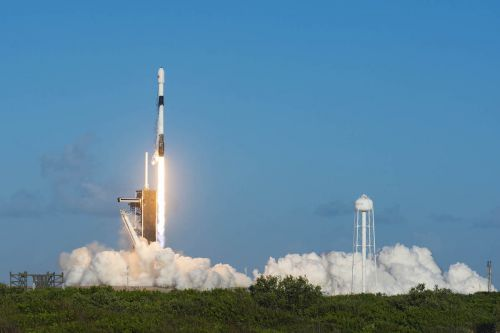 SpaceX launches another batch of Starlink satellites