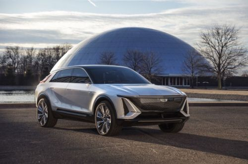 Cadillac reveals the Lyriq, its new long-range electric SUV