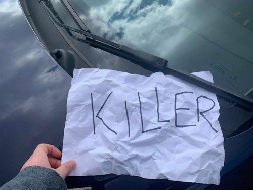 Carer finds 'killer' note on car while out doing rounds looking after vulnerable