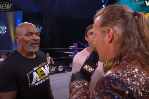 Mike Tyson sets up Chris Jericho clash as boxing legend hints at wrestling match