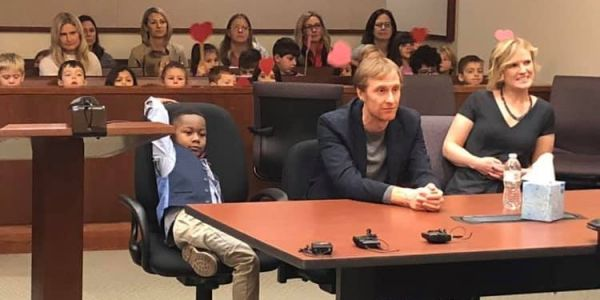 A 5-year-old's whole kindergarten class turned up at the courthouse to support him in his adoption hearing