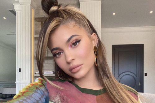 Kylie Jenner's new fringe is a real 90s vibe and expert says it's here to stay