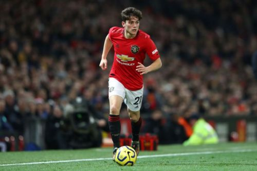 Manchester United ace backed to stay at Old Trafford despite loan rumours