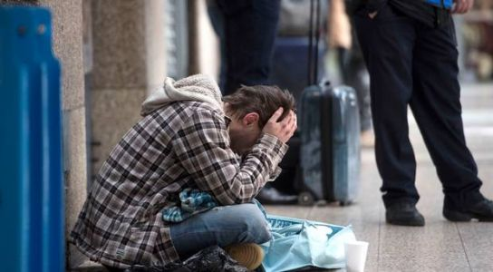Rough sleeping in Belfast increases by 35%, charity says