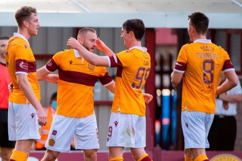 Motherwell 2, Livingston 2: A point each in a tough tussle