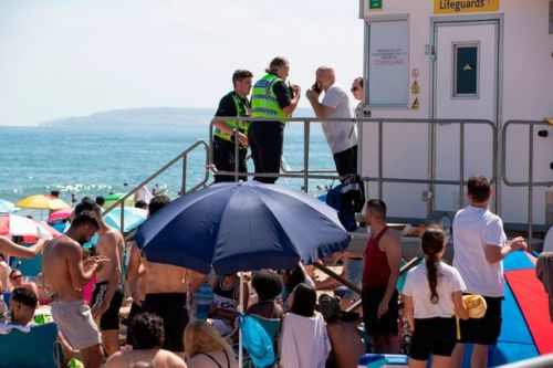Three men stabbed hours after 'major incident' declared at Bournemouth beach