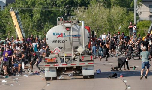 Tanker Truck Barrels Toward Crowd Of Thousands Of Protesters In Minneapolis