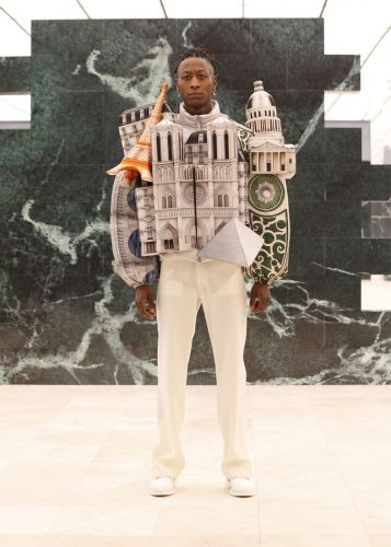 Virgil Abloh presents wearable cityscapes at Louis Vuitton