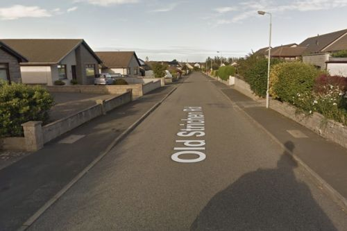 Bogus workmen target vulnerable Scots pensioner as manhunt launched