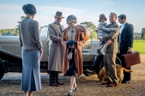 Downton Abbey star confirms cast have already seen script for second film