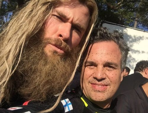 Avengers' Mark Ruffalo shares unseen pictures from Endgame set to celebrate Chris Hemsworth