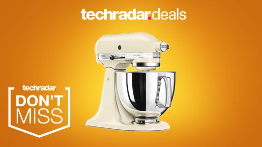 Grab this powerful KitchenAid stand mixer for just £279 for Black Friday