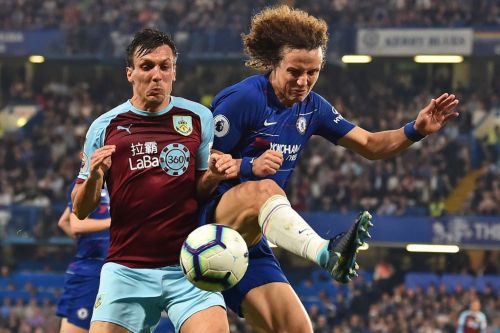 'Anti-football' - Gianfranco Zola and David Luiz slam Burnley tactics after Chelsea draw