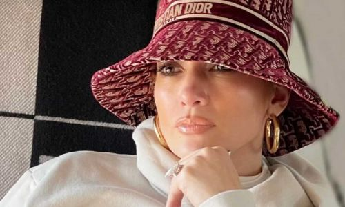 Jennifer Lopez sparks reaction with new post-Christmas travel photos