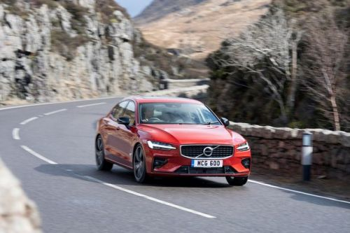 Volvo S60 Inscription Plus T5 Automatic review - Saloon points the way for Swedish car maker