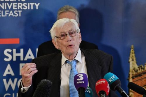 Former SDLP politician and architect of Good Friday Agreement Seamus Mallon dies